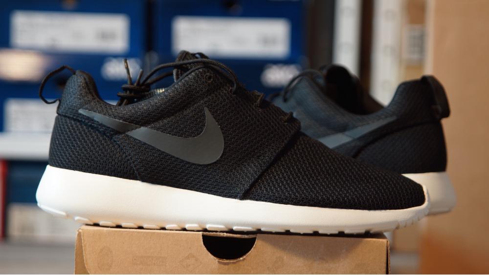 Nike Roshe Première Sortie
