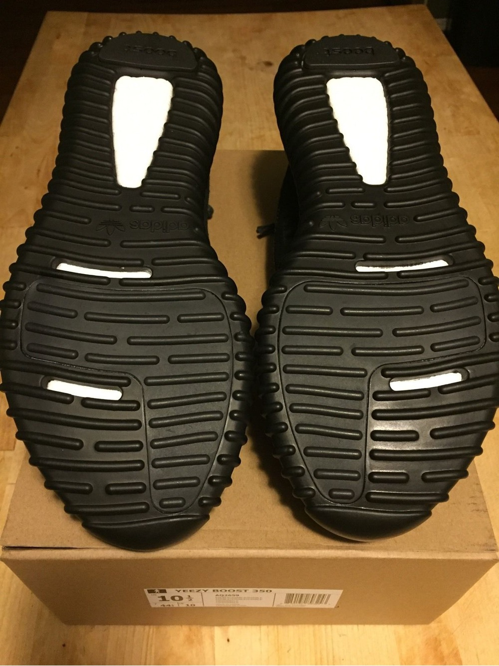 adidas yeezy 350 boost aq 2659