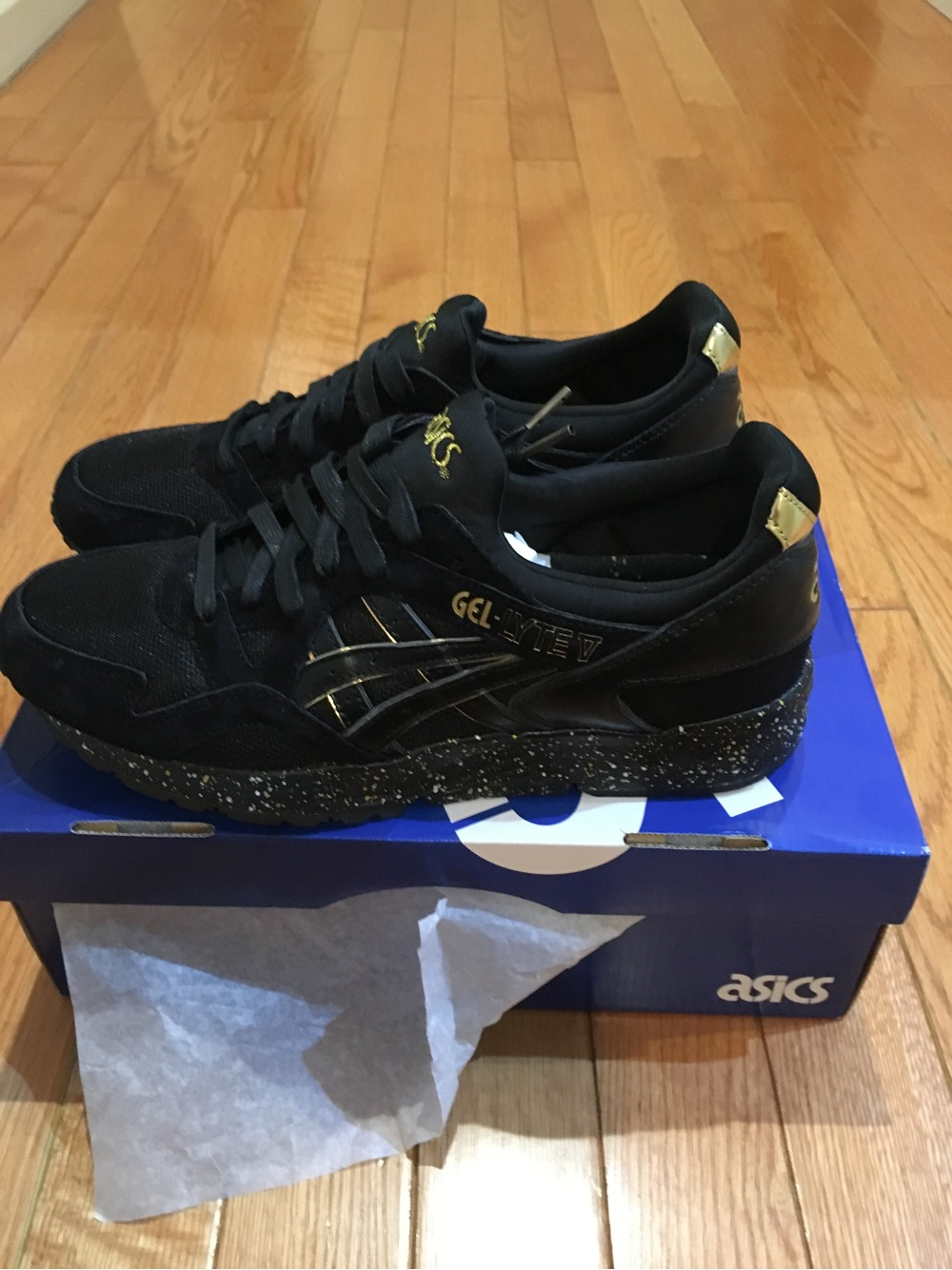 asics gel lyte v x atmos black gold