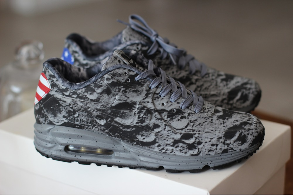 nike air max 90 lunar sp moonlanding 300923 from. Black Bedroom Furniture Sets. Home Design Ideas