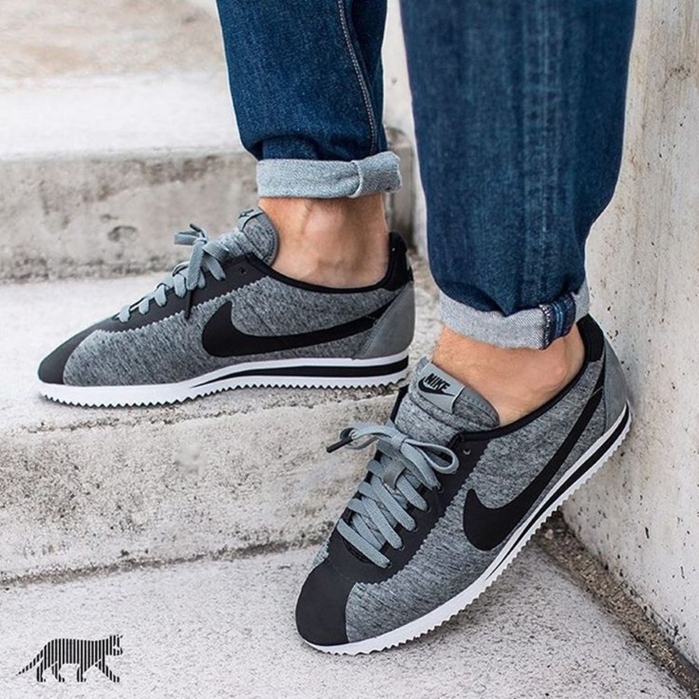 Nike Cortez Tech Fleece