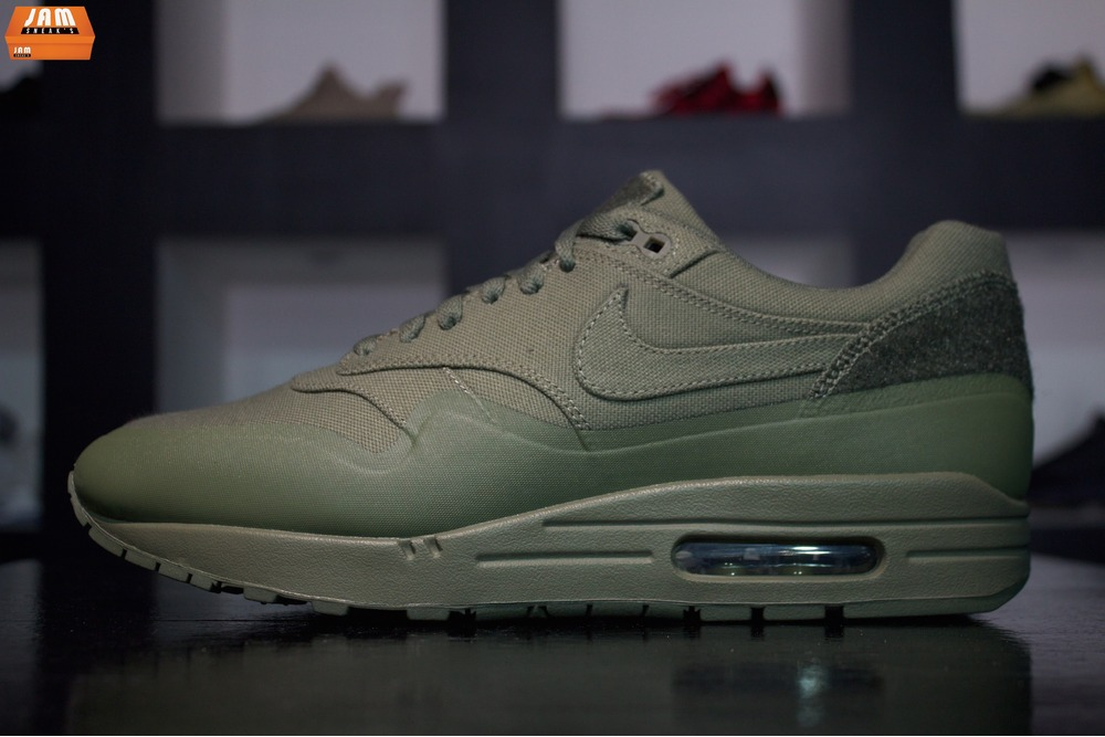 Nike Air Max Patch Olive