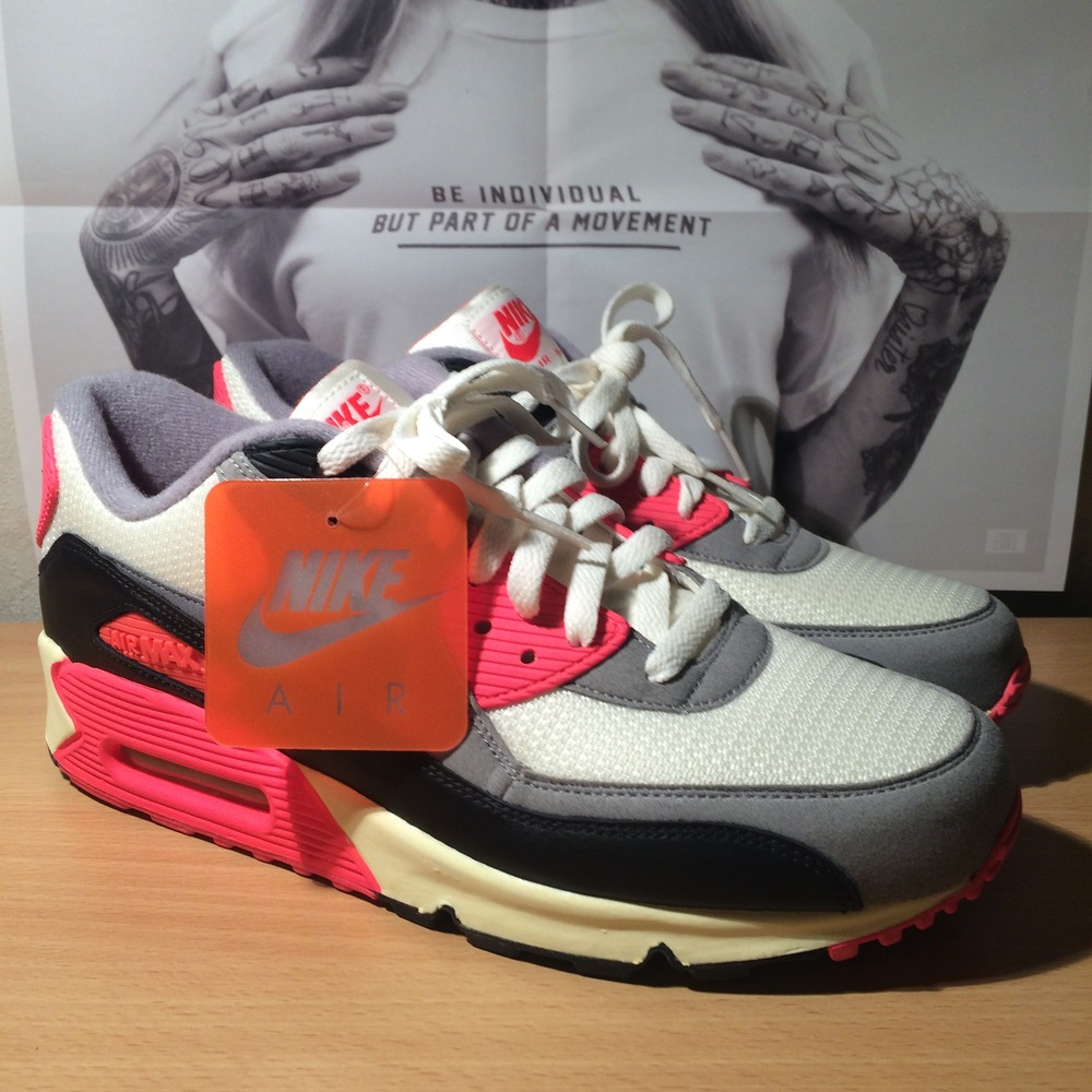 Nike Air Max 90 Infrared 2012