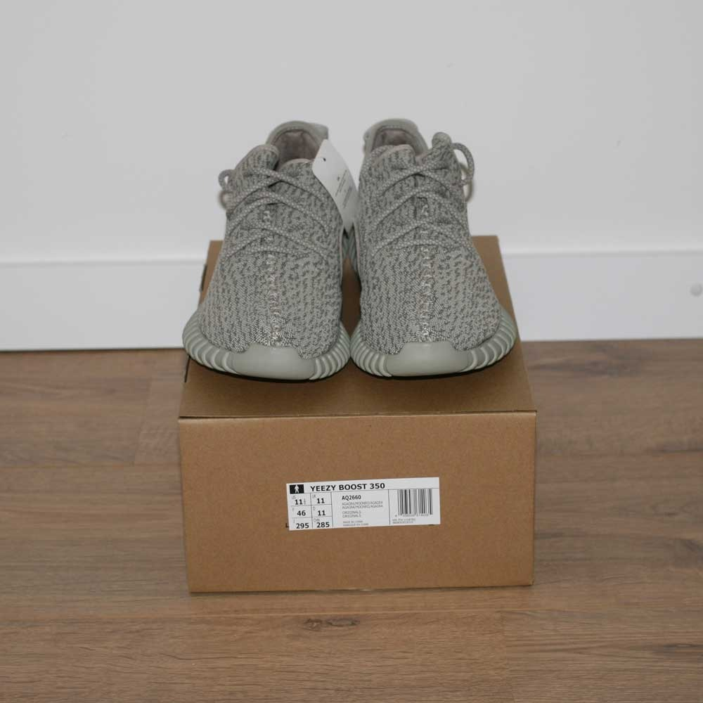 Adidas Yeezy 350 Boost v2 Core Black White BY 1604 Size 5