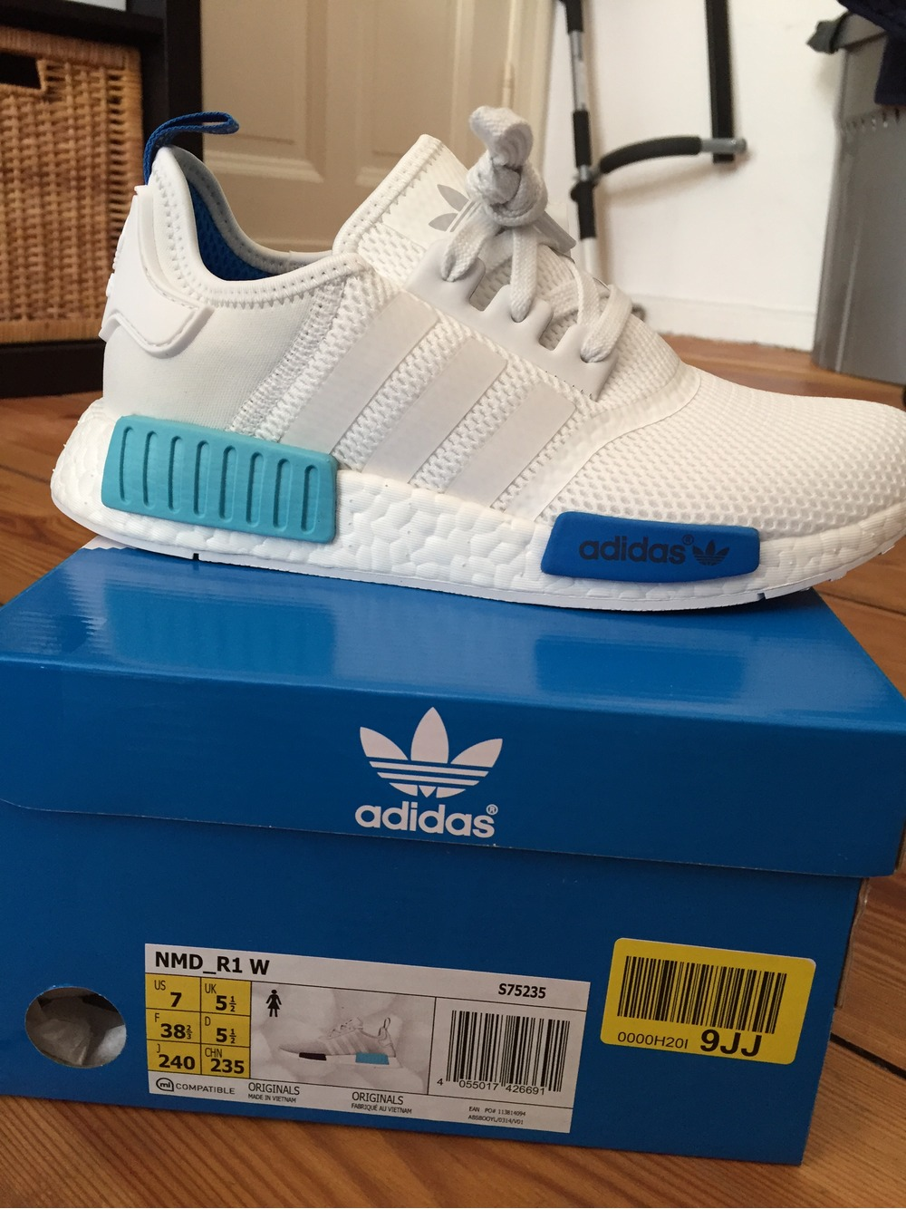 yhmmyf Adidas NMD R1 White Blue (#314591) from hozenplotz at KLEKT