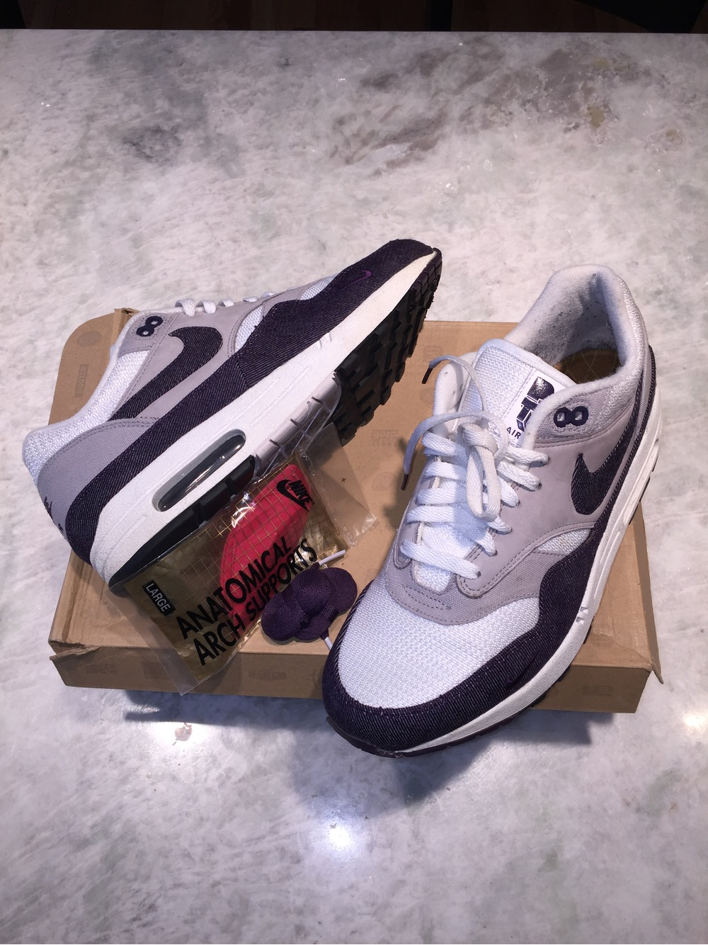 9e4586208f ... Nike Air Max 1 Patta Purple Denim US 9.5 UK 8.5 Parra Amsterdam  Chlorophyll Corduroy Supreme ...