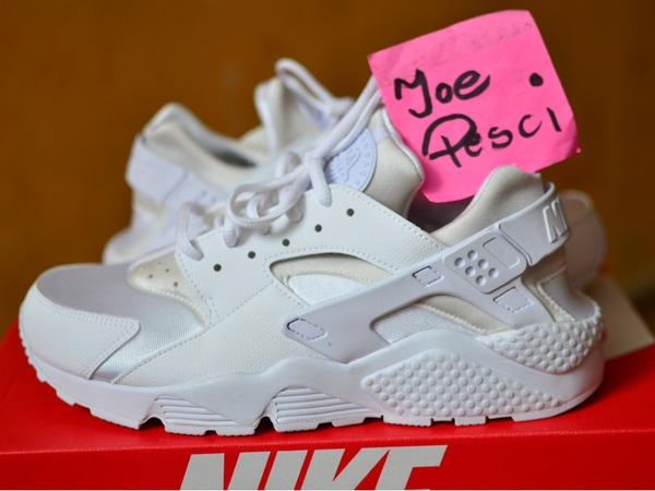 Nike Air Huarache Triple White - photo 1/1