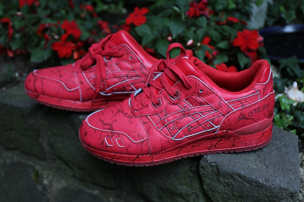 red marble asics