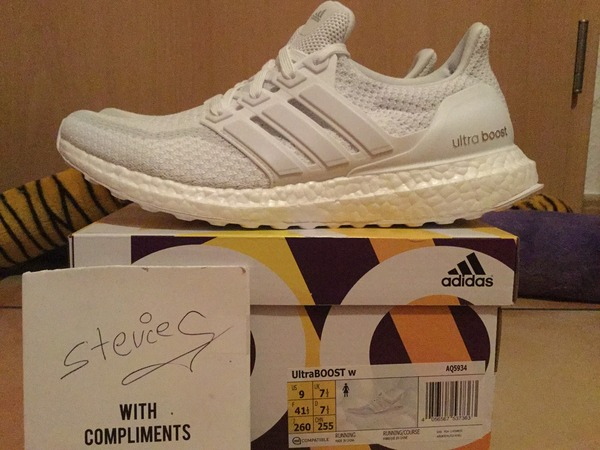 Adidas Wmns Ultra Boost 2.0 Release Triple All White - photo 1/2