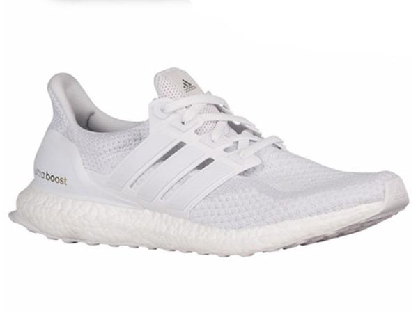 Adidas Ultra Boost Triple White 2.0 - photo 1/2