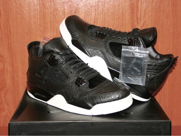 "Air Jordan AIR JORDAN 4 Premium ""Pinnacle"" ""Pony Hair Black"" - photo 1/2"
