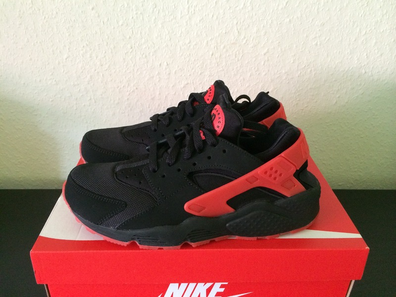 Air Huarache Black Red