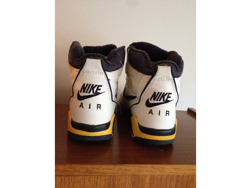 Air Solo Flight Nike Air Solo Flight 90