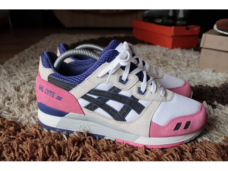 asics gel lyte iii white pink