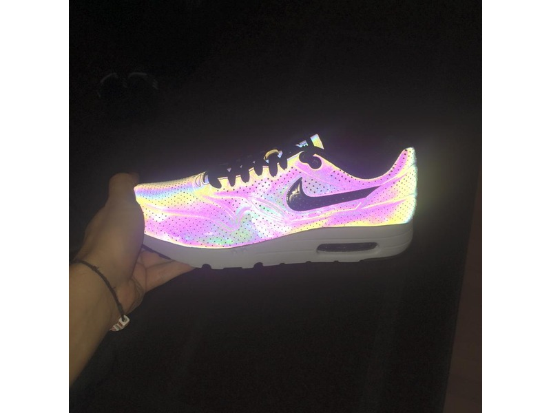 Nike Air Max 90 Ultra Holographic