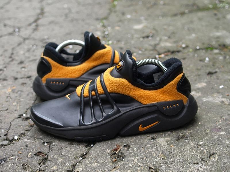 Nike Air Presto Escape