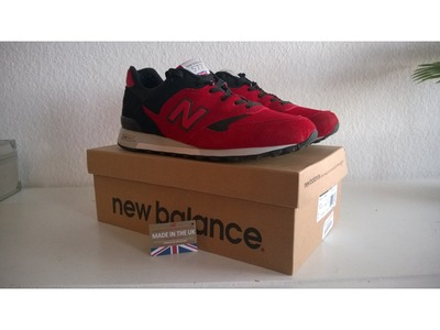 Image of NB 577 made in UK. Red/black US 12