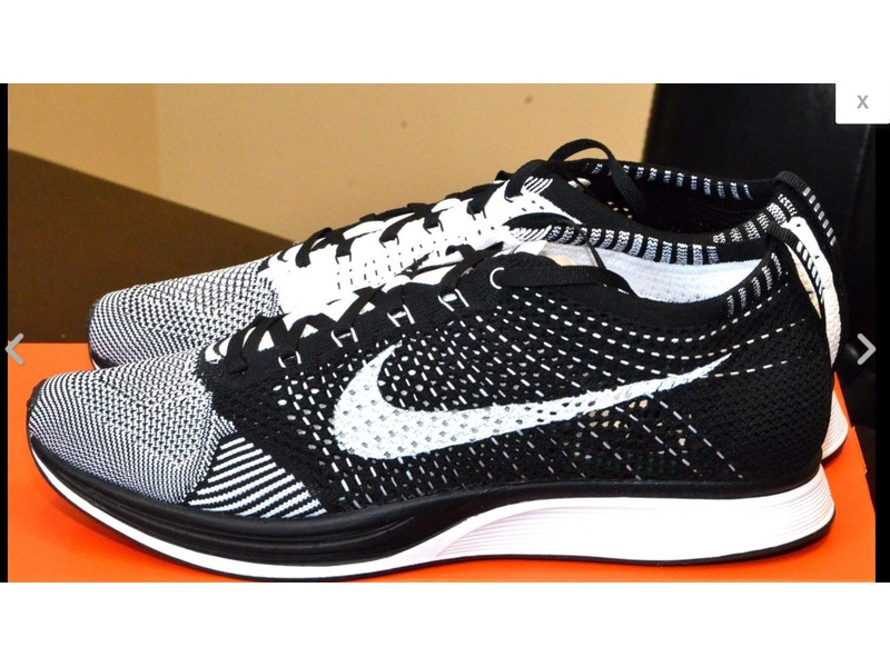 nike flyknit racer oreo kanye. Black Bedroom Furniture Sets. Home Design Ideas
