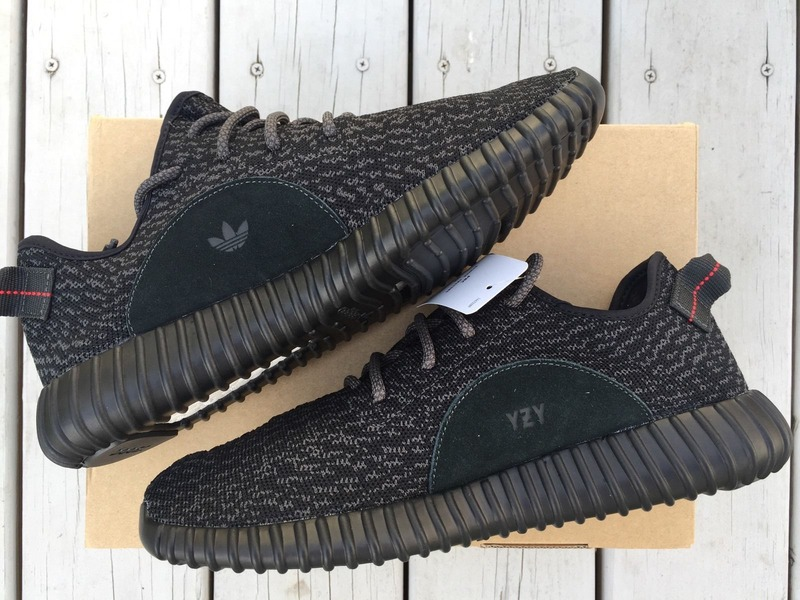 Yeezy Boost 350 Pirate Black V1 Size 9