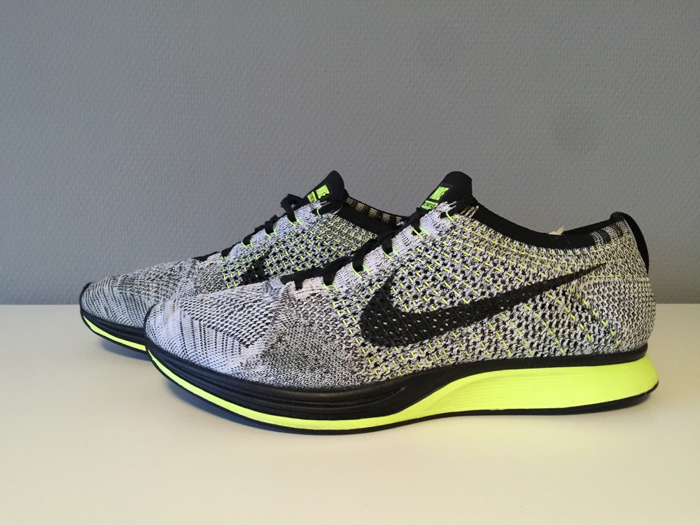 nike flyknit racer volt oreo. Black Bedroom Furniture Sets. Home Design Ideas