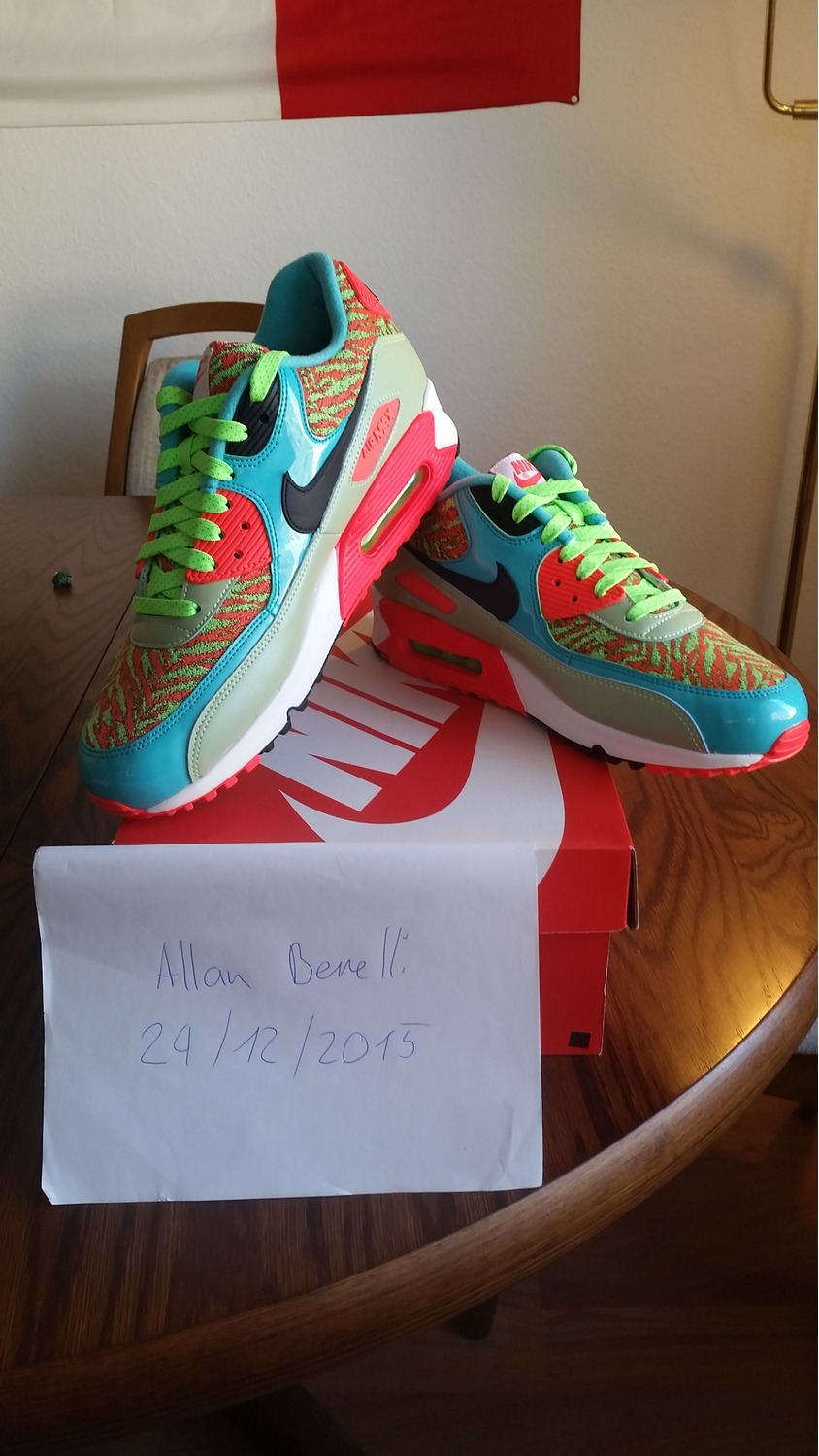 ... Nike Air Max 90 'Flash Lime' 25th Anniversary Size