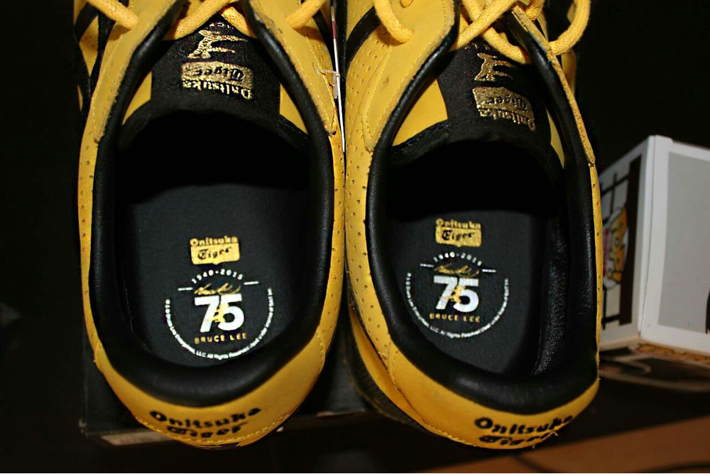 Bruce Lee Onitsuka Tiger Mexico 66 as in game of death Awesome