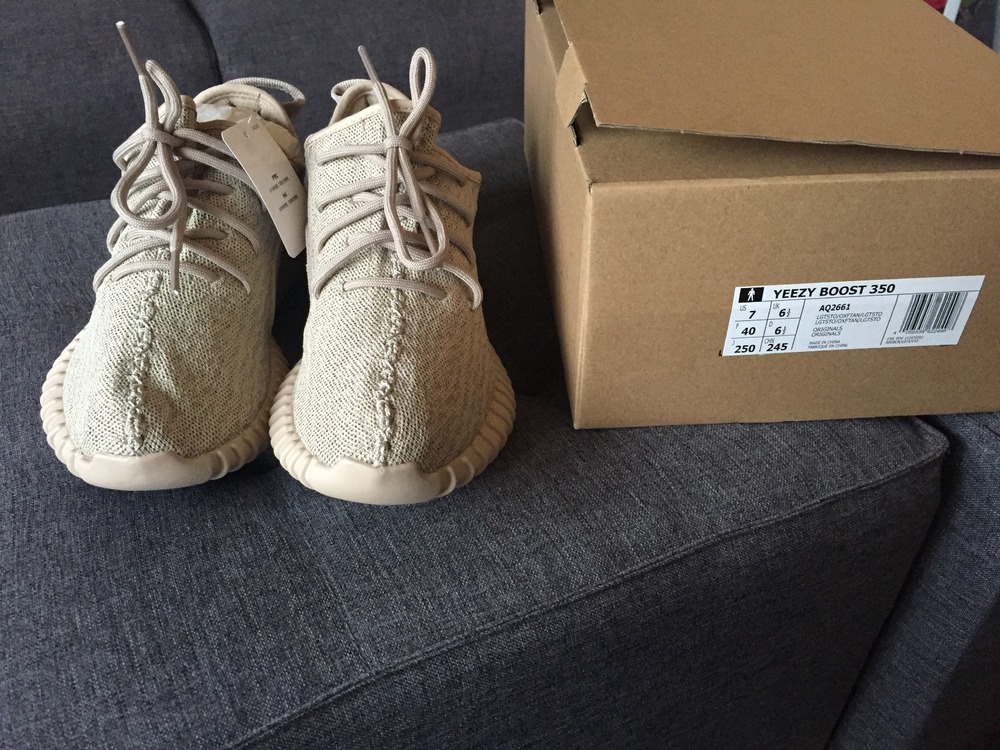 On Foot Look / adidas Yeezy Boost 350 'Oxford Tan'
