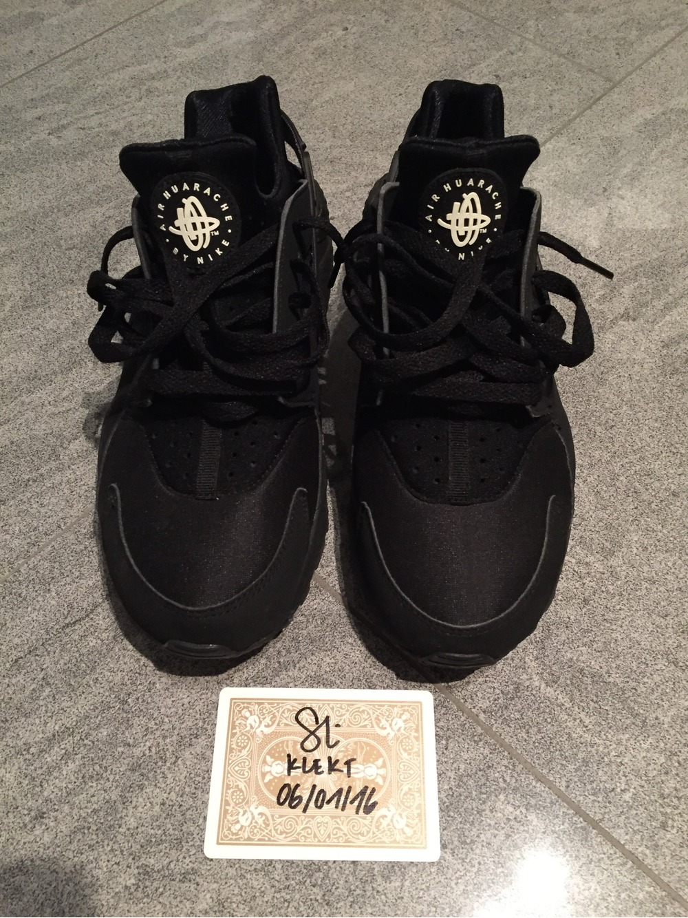 nike air huarache black 8.5