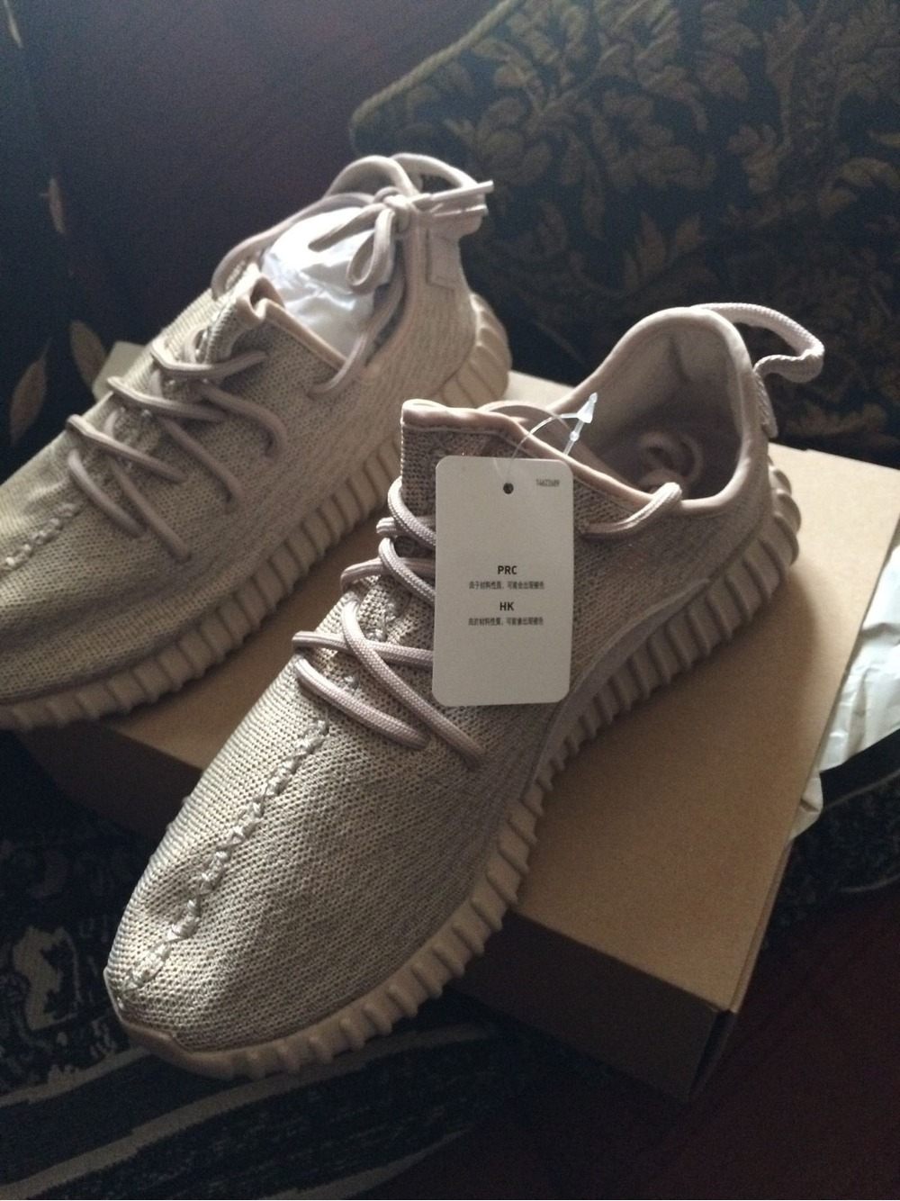 adidas yeezy 350 boost release time