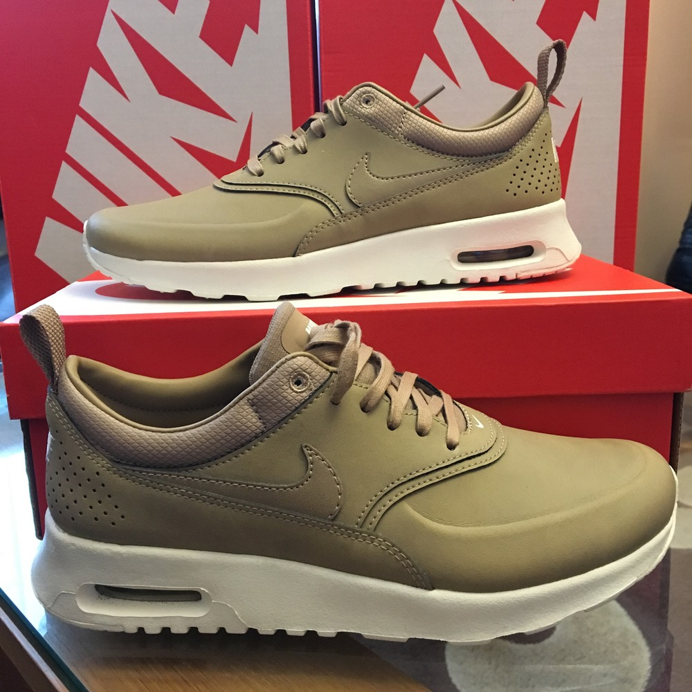 nike air max thea womens beige. Black Bedroom Furniture Sets. Home Design Ideas