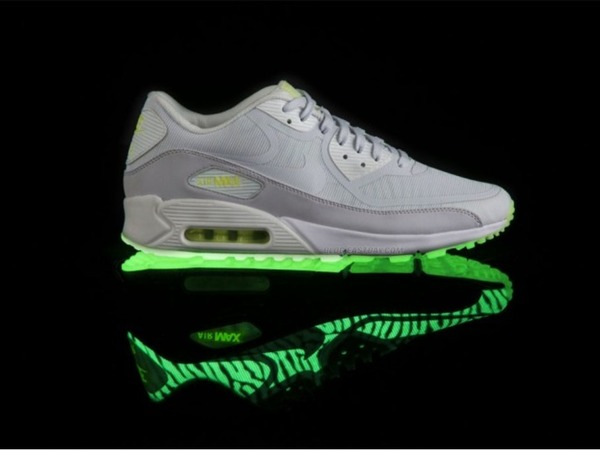 Nike Air Max 90 Premium Tape Glow in the Dark Black Lab Green