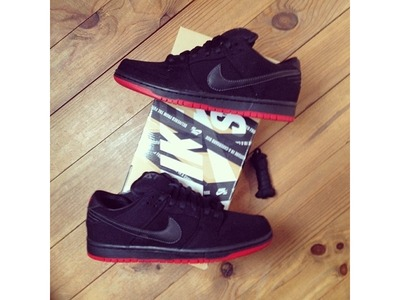 Image of NIKE SB DUNK PREMIUM LOW X LEVIS