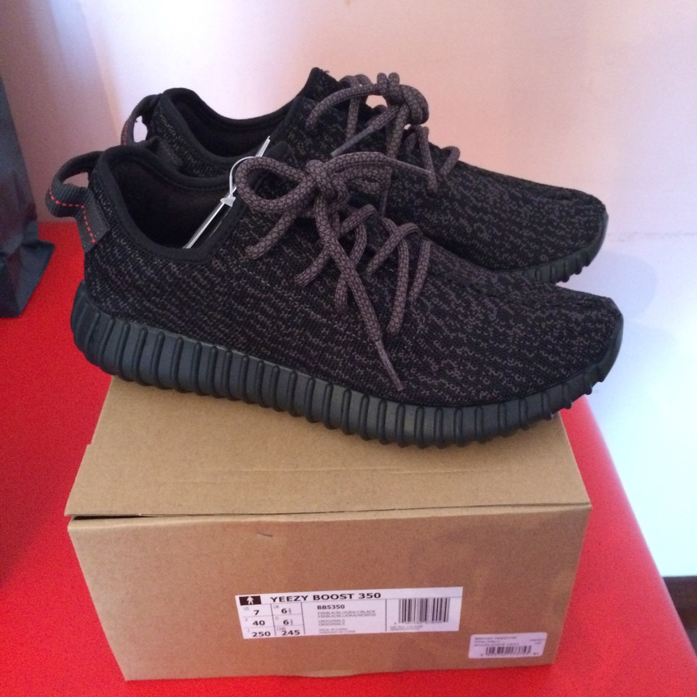 Yeezy Pirate Black 2.0