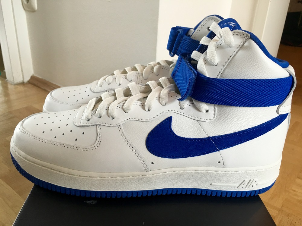 sports shoes 6ac9e dfe09 ... 25th Year Cheap Shoes Low Men (White Light Blue)Color Nike Air Force 1  High OG Royal Blue - photo 14 .