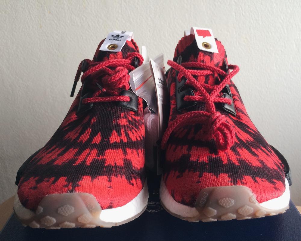 separation shoes 84e44 da69d adidas NMD R1 Primeknit