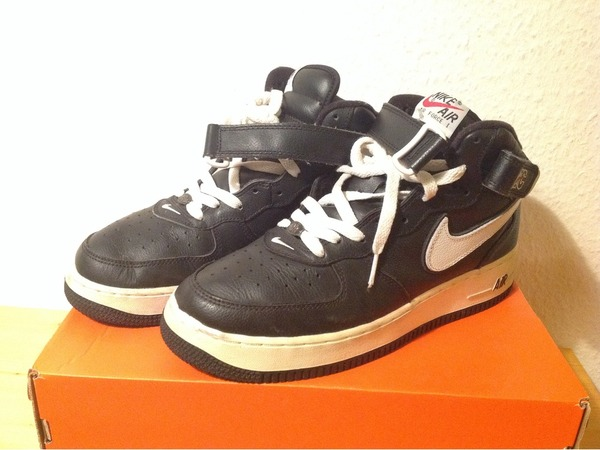 Nike Air Force 1 - photo 1/3