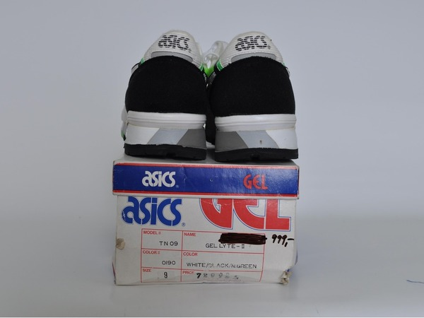 Asics Gel Lyte II, US9 (fits small) - photo 2/3