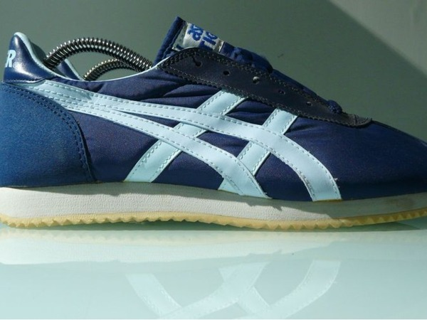 Asics Onitsuka Tiger Running - photo 1/8