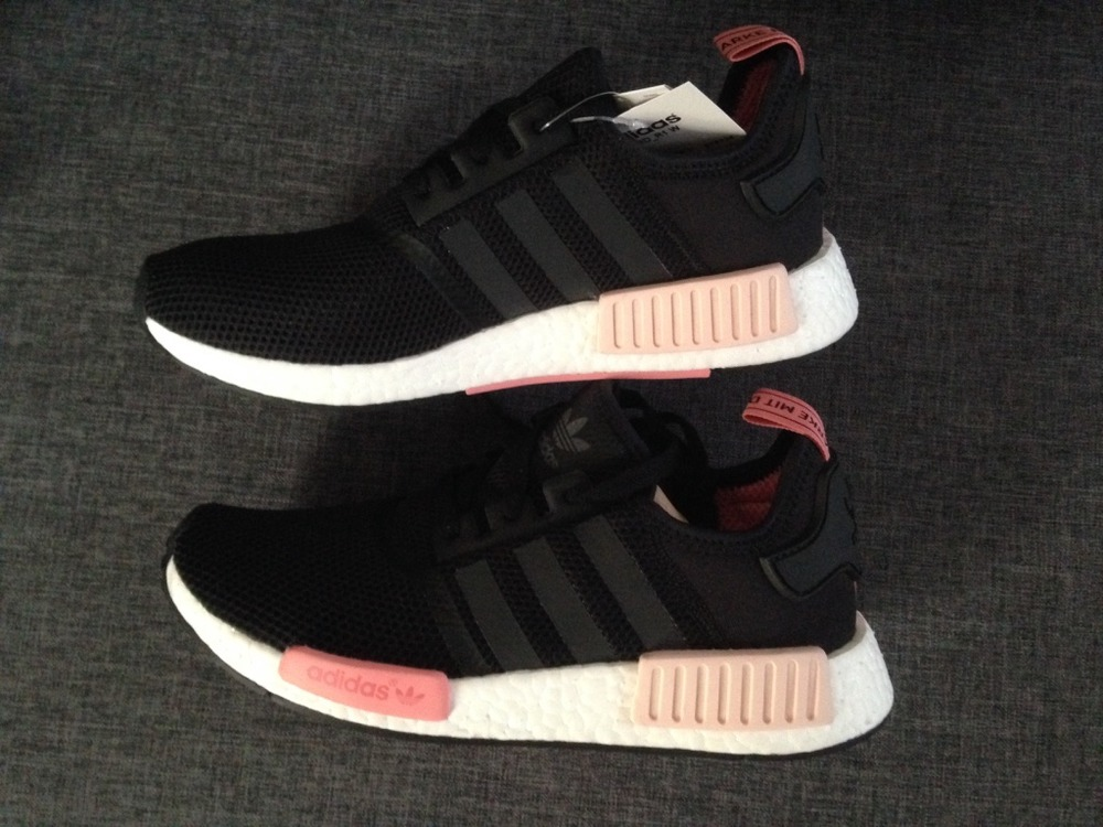 adidas nmd r1 black peach us 9 eu 41 1 3 326695 from. Black Bedroom Furniture Sets. Home Design Ideas