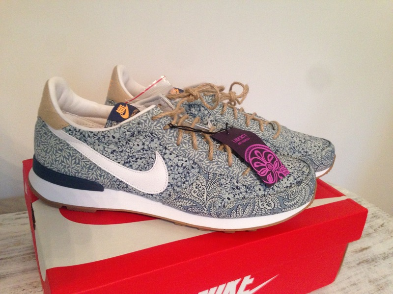 outlet store 637ff abf82 Nike x Liberty Of London Internationalist QS UK 9 US 11,5 Gr. 44 ...