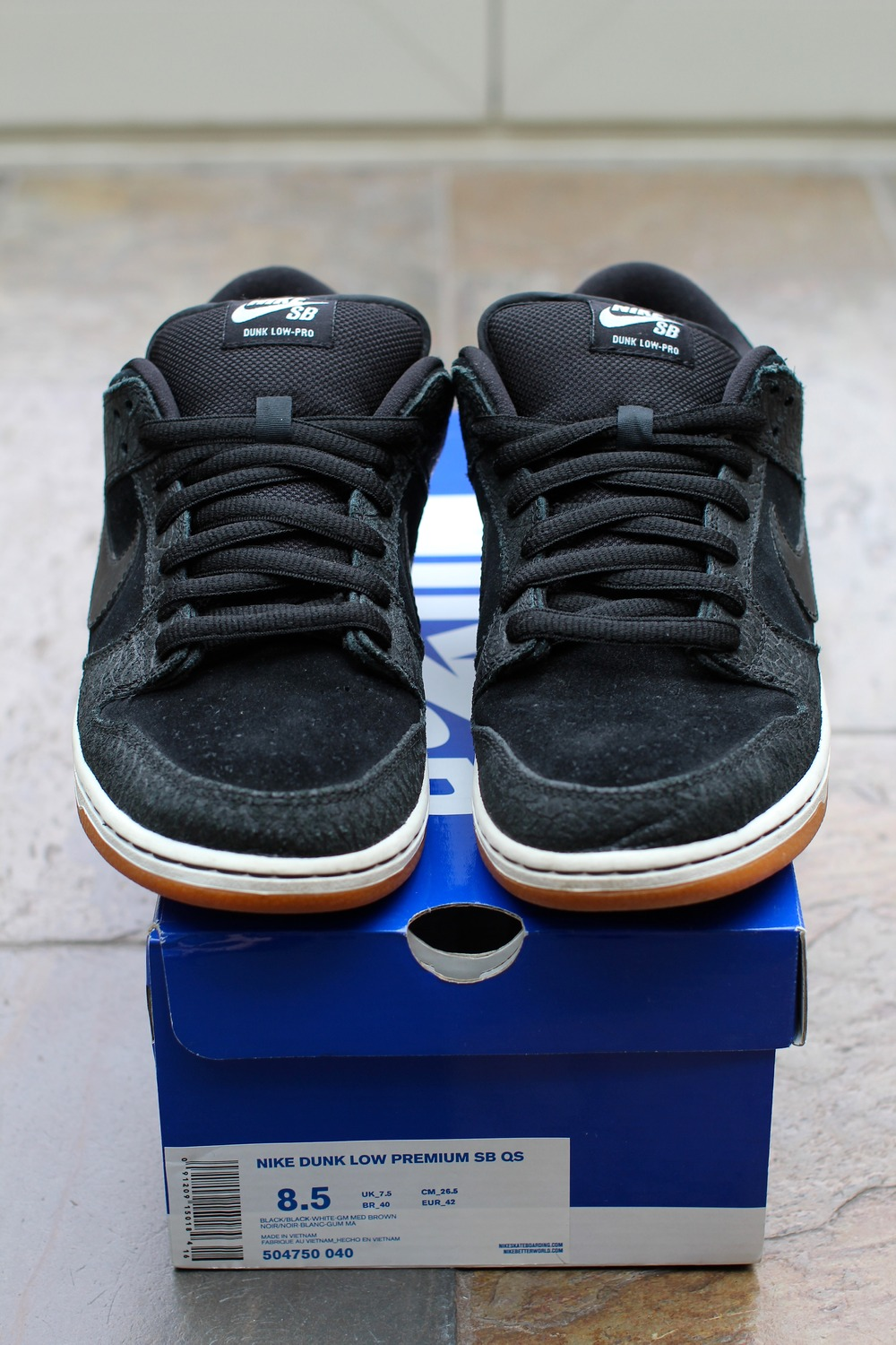 separation shoes fb5fb 98f1c ... italy nike sb dunk low entourage for sale 55d7e 47abf