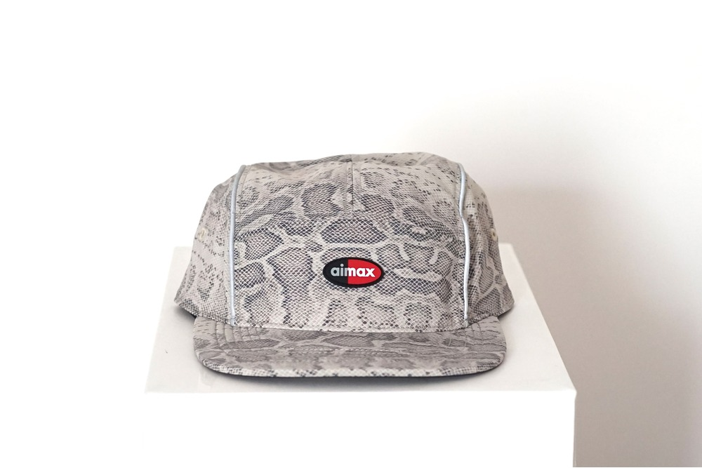 75cc998e489 ... Nike x Supreme Running Hat Air Max 98 Snakeskin Beige 3M - photo 1 1