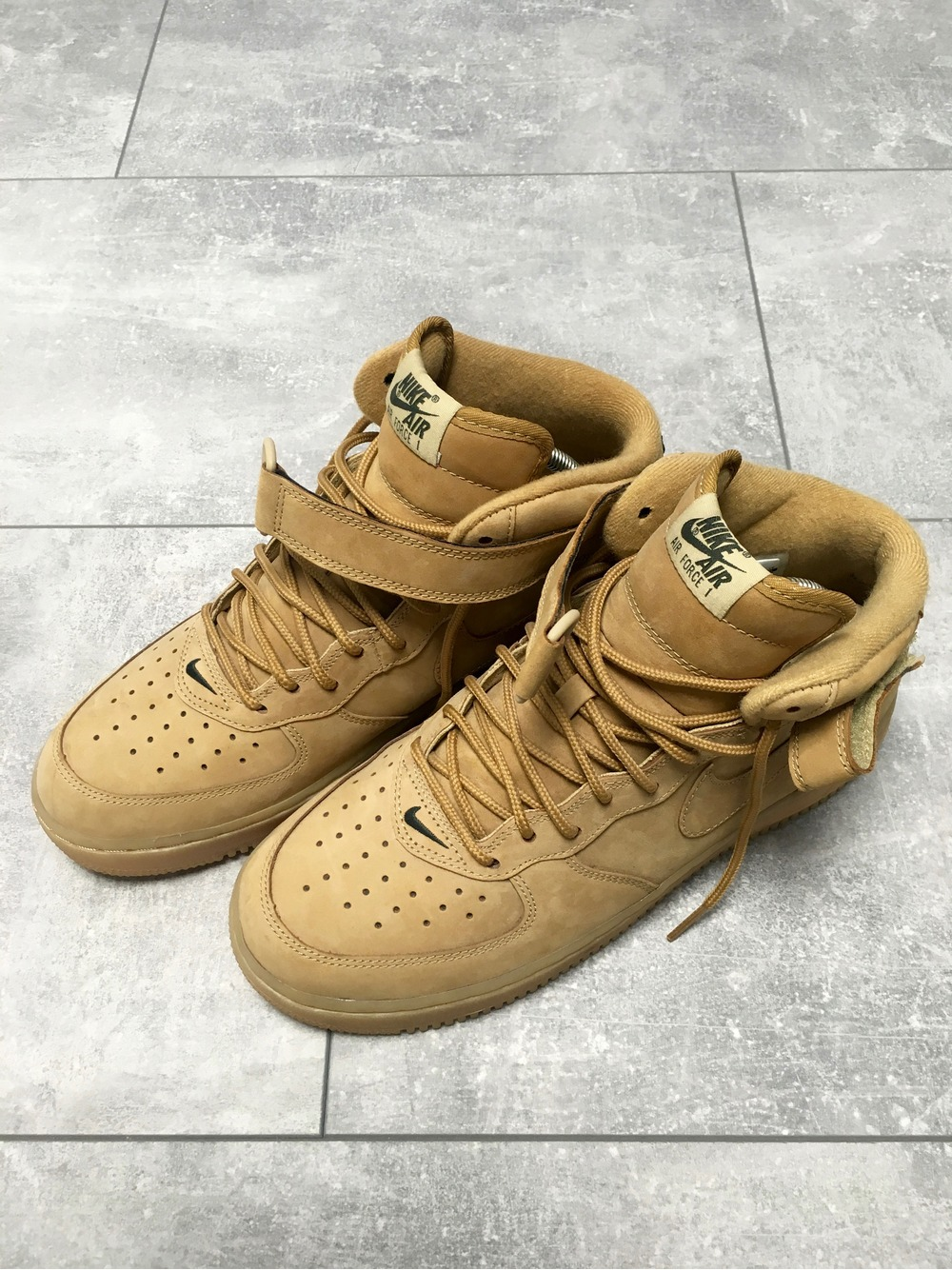 best service f4bd9 0e1fe Nike Air Force 1 Mid Wheat Flax