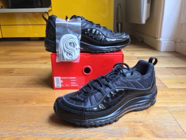 <strong>Nike</strong> Airmax <strong>98</strong> <strong>x</strong> <strong>Supreme</strong> Black 9 US DS <strong>Snakeskin</strong> Red Navy Box Logo <strong>Air</strong> Force Jordan 5 NMD PK OG - photo 1/3