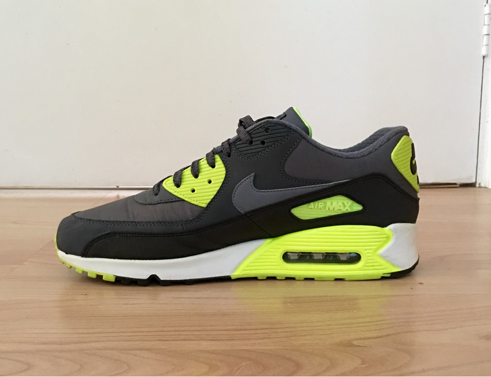 air max 90 sale Shop our wide selection of Nike ... 05310a3d383d