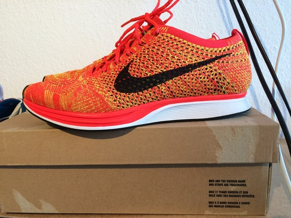 Nike Flyknite Racer Orange Slice US 10 - photo 1/1