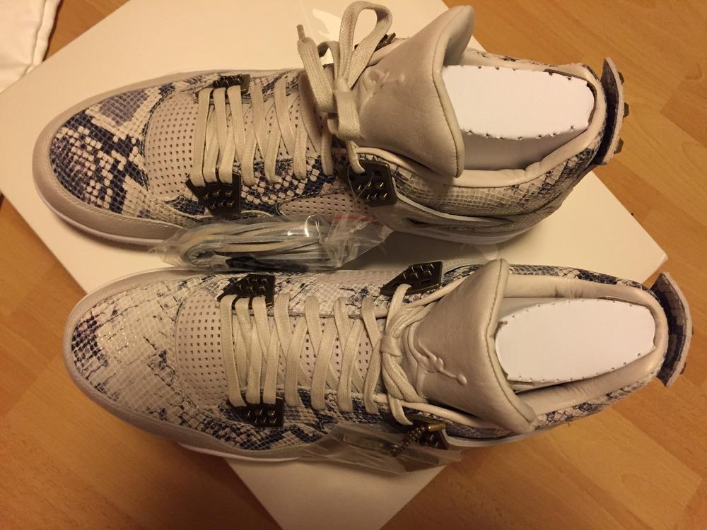 Nike Air Jordan 4 Lighting