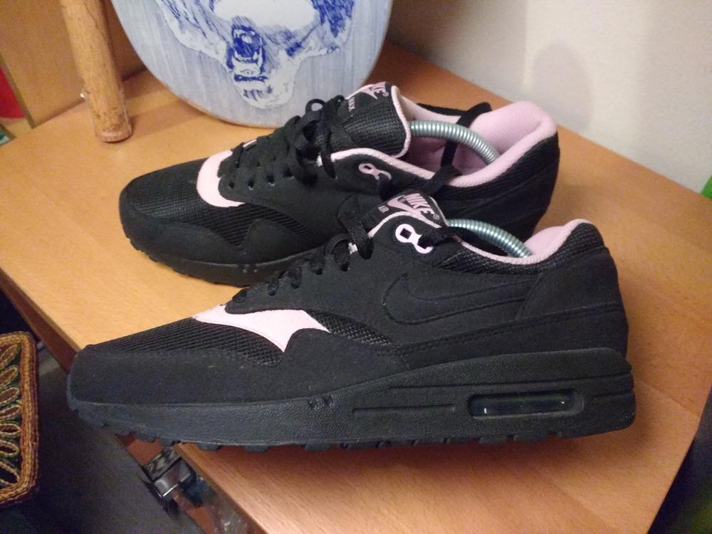 huge selection of 0ecc5 0fb60 nike air 1 perfect pink Jordan Mids Black ...