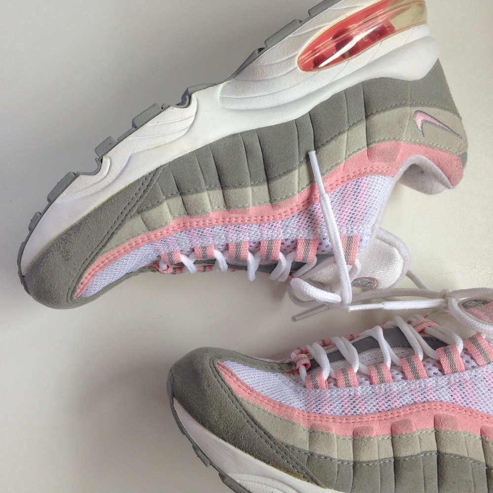 newest 827e9 ae637 nike air max 95 white and pink