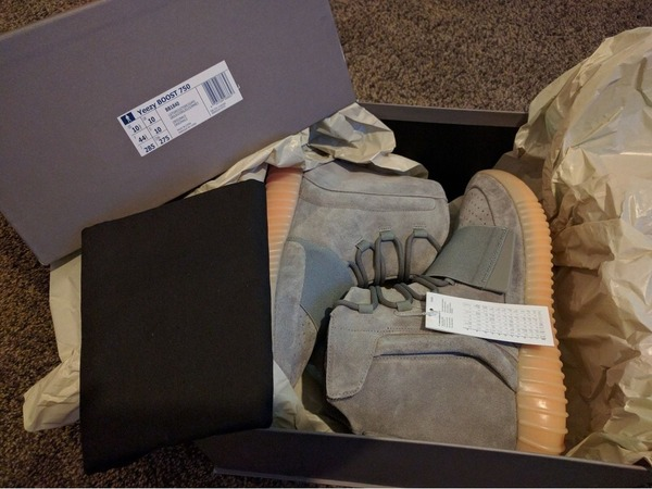 Adidas YEEZY BOST 750 light grey gum US 10.5 - photo 1/7